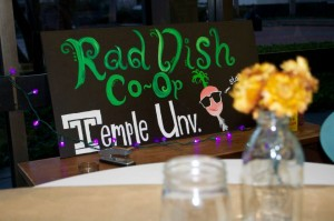 Rad Dish, based in the Ritter Hall Annex at Temple University, is a student-run, community-owned co-op that offers locally sourced food. (Photo by Allie Guerin)