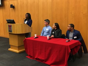 Latisha Brinson, FOX ¹08, moderates the Temple University¹s Young Alumni Association Entrepreneurship panel, which featured (from left) Dylan Baird, FOX ¹12, Rachel Furman, FOX ¹12, and Joseph Green, FOX ¹12.